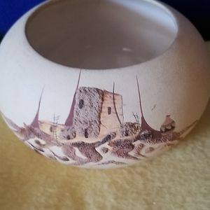Southwestern decorative pot